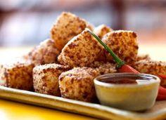 Seja para abrir o apetite ou para servir no happy hour, os dadinhos de tapioca com queijo coalho são excepcionais!