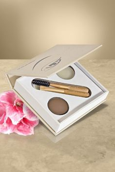 Getting perfect brows in a breeze with jane iredale's Bitty Brow Kit.