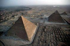 Chephren Pyramid Giza - Egypt