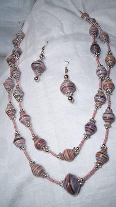 Paper jewellery http://depapel12.blogspot.com.es/
