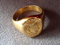 French Double Crested Armorial Seal Ring