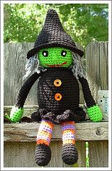 """Liz-a-Witch"" Halloween Crochet Doll -This is so cute, I might have to work up some patience and try it this fall!"
