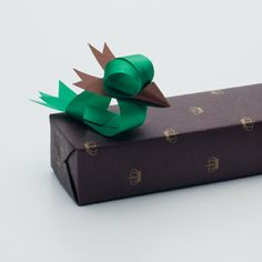 Cute ribbon sculptures on presents!