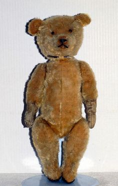 Antique Vintage 1912-1920 British Prototype Beige Teddy Bear AT92111170 #EarlyBritishPrototypeOfEarlyGermanTeddyBear #AllOccasion