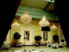 Хрустальные люстры из Богемии https://www.facebook.com/DecoRoom.Furniture/posts/756761137706116