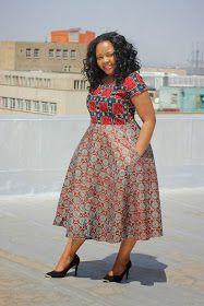 Tswana Designs & Fashion: Check this out - Bow Afrika Fashion**** African Fashion Ankara, African Fashion Designers, Latest African Fashion Dresses, African Dresses For Women, African Print Dresses, African Print Fashion, Africa Fashion, African Attire, African Wear