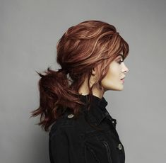 Hair Tutorials For Medium Hair, Medium Hair Styles, Head Shapes, Face Shapes, Red Hair Inspiration, Perfect Ponytail, How To Style Bangs, Beach Wave Hair, Beauty Make Up