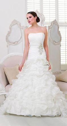 392054a21ad2 ROCHIE DE MIREASA DIVINA SPOSA 13218 Wedding Dress Train