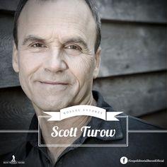"""Scott Turow nasceu no dia 12 de abril de 1949 e, além de escritor, também é formado em em Direito pela faculdade de Harvard. Não por coincidência, é o maior nome da literatura de tribunal norte-americana.Em 1986 Turow largou os tribuinais e passou a dedicar-se à literatura e em 1987 lançou seu romance de maior sucesso: """"Acima de qualquer suspeita""""."""