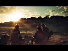 ▶ Kings of Convenience - Gold in the Air of Summer