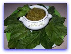 Pesto Caronte http://www.lapulceeiltopo.it/forum/ricette-sottovetro-conserve-salse-confetture/827-pesto-caronte#1004
