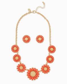 charming charlie   Daydream Daisy Necklace Set   UPC: 400000183244 #charmingcharlie