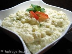 Piure de conopida cu maioneza - Mashed cauliflower with mayonnaise European Dishes, European Cuisine, Cold Vegetable Salads, Romania Food, Vegetarian Recipes, Cooking Recipes, Recipes Appetizers And Snacks, Hungarian Recipes, Romanian Recipes