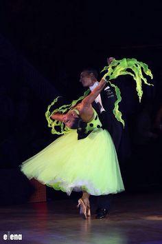 #ballroom #dance this looks like Tiana and Naveen