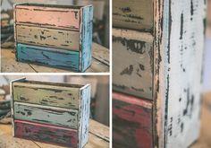 Muebles de madera Diy. Un revistero de estilo vintage, decapados de colores Ideas Para, Magnolia, Room Decor, Yard, Diy Crafts, Cabinet, Storage, Projects, How To Make