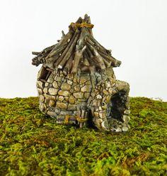 Dollhouse Miniature Fairy Garden Troll House with Twig Roof, 16523