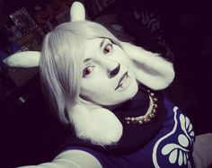 Tonight on Tutorials with Toriel we have two tutorials - two Toriel tutorials to be specific. (Sorry not sorry) Imma make them comments cause this is just ridiculous. Cosplay Tutorial, Cosplay Diy, Halloween Cosplay, Best Cosplay, Cosplay Ideas, Halloween Costumes, Toriel Cosplay, Diy Costumes, Costume Ideas