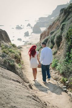 Gorgeous Beach Engagement Shoot | Maria Longhi Photography | Bridal Musings Wedding Blog