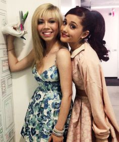 Ariana Grande Jenette MCcurdy