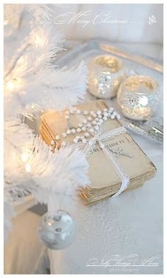 Nelly Vintage Home White Christmas Ideas !