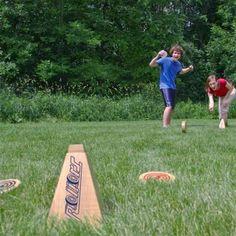 Top 10 Backyard Party Games for All Ages - from sack races to cornhole!