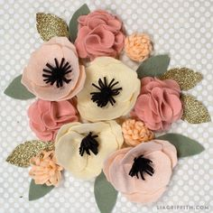 Fall Spider Mum Wreath by lia griffith | Project | Home Decor | Papercraft / Decorative | Kollabora