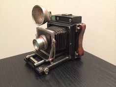 Piggy bank Camera Money Savings Box - Vintage Look Home Decoration - Gift for Him or Children