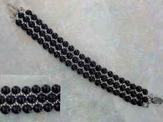 Free pattern for bracelet Black Pearl