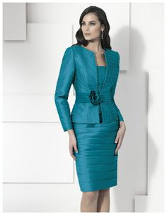 Womens Dress Suits, Suits For Women, Peplum Dress, Bodycon Dress, Wedding Dress Patterns, Fashion Beauty, Womens Fashion, Work Attire, Well Dressed