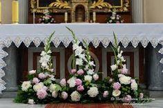 Znalezione obrazy dla zapytania dekoracja ołtarza na ślub