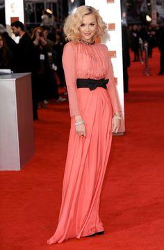 Розовое платье в стиле винтаж