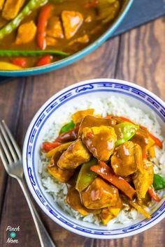 Chicken Satay Curry - Pinch Of Nom Slimming Recipes Chicken Satay Curry, Easy Chicken Curry, Healthy Eating Recipes, Cooking Recipes, Healthy Food, Yummy Food, Healthy Meals, Clean Eating Diet, Slimming World Recipes