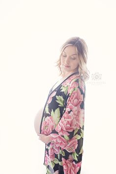 Mom to be | Maternity Photography | Calgary, Alberta | Focus Sisters Photography