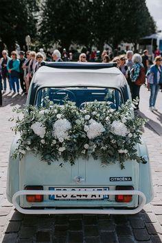 Un mariage bohème en Normandie Wedding Car, Wedding Blog, Wedding Planner, Scandinavian Style Home, Moroccan Decor, South Of France, Just Married, Wedding Designs, Wedding Bouquets