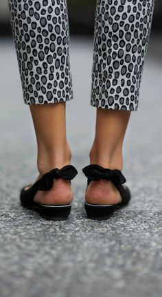 snow leopard + bow sling-back flats
