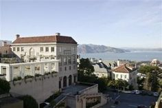 Why are there such shoddy photos of a $48000000 home in SF? My 3 year old could take a better shot