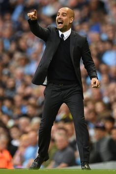 Manchester City's Spanish manager Pep Guardiola gestures from the touchline… Manchester City Wallpaper, Bald Men Style, Pep Guardiola, Mediterranean Home Decor, Lakme Fashion Week, Spanish Style, Handsome, Football, Mens Fashion