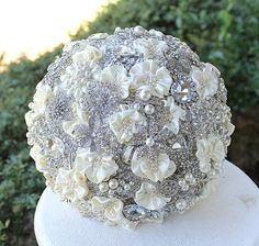 Edwardian Wedding Brooch Bouquet. I think this is the one!!!!