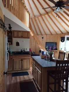 Deluxe Mountain Yurt Getaway Above Fairbanks With Great Views And Warmer Temps - Fairbanks Yurt Living, Tiny Living, Yurt Interior, Big Tent, Yurt Home, Yurts, Round House, Cabin Homes, Big Houses