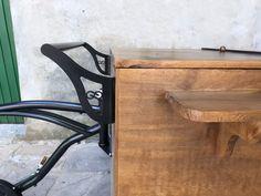 🚲 .  . . . . . Quer fazer um carrinho para você também? Entre em contato para maiores informações em: vendas@arttrike.com.br . . . Conheça mais do nosso trabalho em: www.arttrike.com.br . . . . .  . . .. #carrinhosgourmet #carrinhosdefesta #carrinhosparaeventos #bikebeer #locação #partydesigner #gestãodeeventos #bikechope #bikechopee #cervejaartesanal #chope #chopeartesanal #foodbike #foodbikebrasil #foodtrike #festas #eventos  #arttrike Bike Food, Wishbone Chair, Home Decor, Event Management, Fiestas, Decoration Home, Room Decor, Home Interior Design, Home Decoration