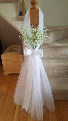 Aisle, pew decor, tulle and baby's breath. Set of 10 wedding pews Aisle, pew decor, tulle and baby's breath. Set of 10 Wedding Pew Decorations, Wedding Pews, Wedding Doors, Wedding Chairs, Bridal Shower Decorations, Wedding Centerpieces, Wedding Table, Diy Wedding, Wedding Flowers