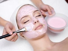 DIY facial masks with pink kaolin clay @Kayley Johnson