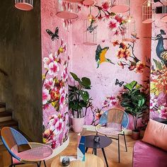 this bright and tropical mural is amazing!