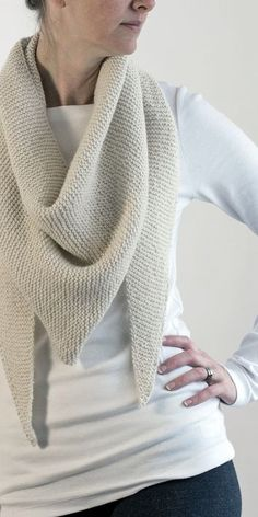 FREE & Easy Triangle Scarf Shawl Knitting Pattern by Brome Fields