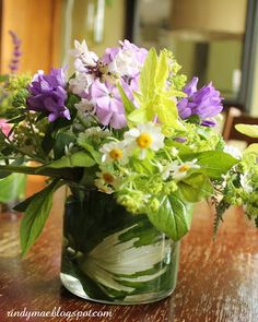 Rindy Mae: Garden Bouquets..rolled hosta leaves