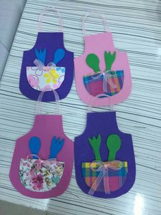 A is for apron. (** Cute mother's day craft ,too!)