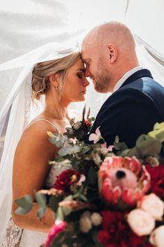 Valokuvaaja Pori l Pia Taimi Visuals Create Your Own Website, Brides, Wedding Photography, Couples, Couple Photos, Style, Couple Shots, The Bride, Wedding Photos