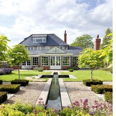 Pretty garden with water feature