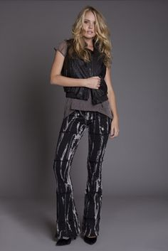 70's inspired tie dyed look for that retro-cool wardrobe essential.