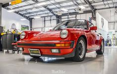 Wednesday is off & rolling with Cats Exotics Porsche 911 Targa in for a Connoisseur Detail & a bit of interior reconditioning!
